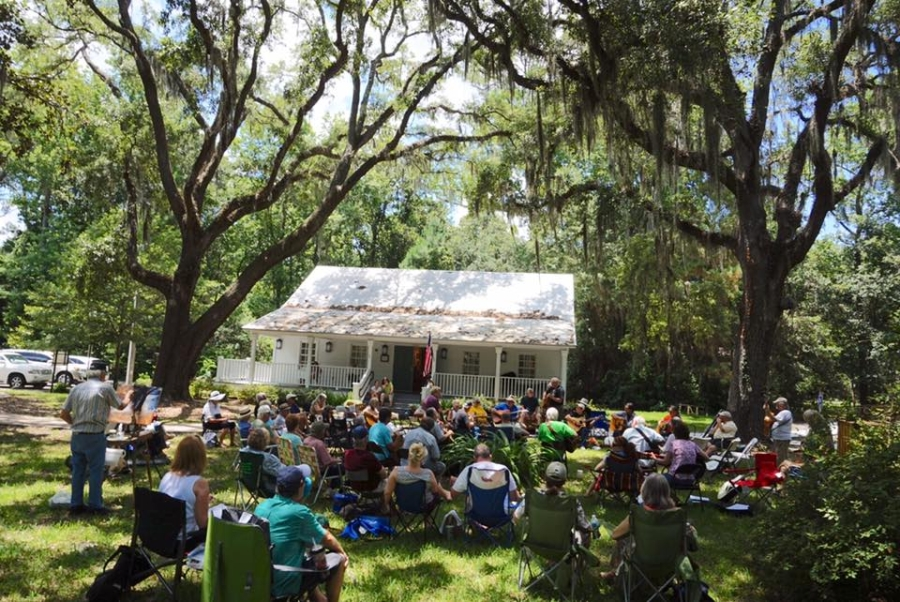 Under The Oaks Jam at The Mandarin Museum Resumes in October